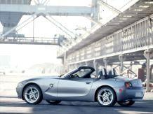 BMW Z4 Roadster Wallpaper 03 - обои БМВ и фото BMW